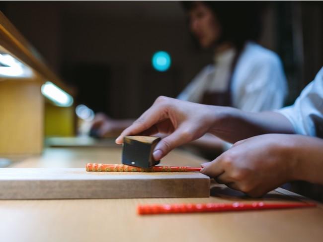自分だけの箸をつくる「若狭塗り箸研ぎ出し体験」