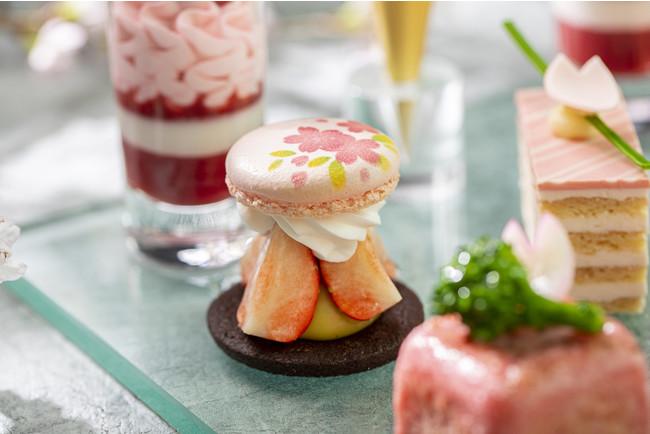 ピスタチオガナッシュと桜マカロン