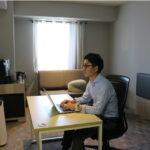 客室にオフィス家具を設置し少人数オフィスとして利用
