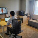 ホテルフクラシア大阪ベイの客室からオンラインで参加する研修スタイル【レベル4】
