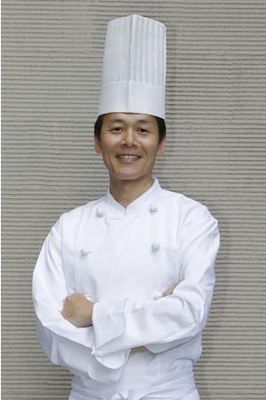 料理長 甲谷 慎三